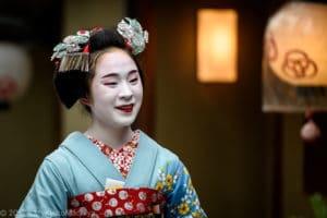 Maiko Fumiyoshi walking around Miyagawa-Cho, Kyoto