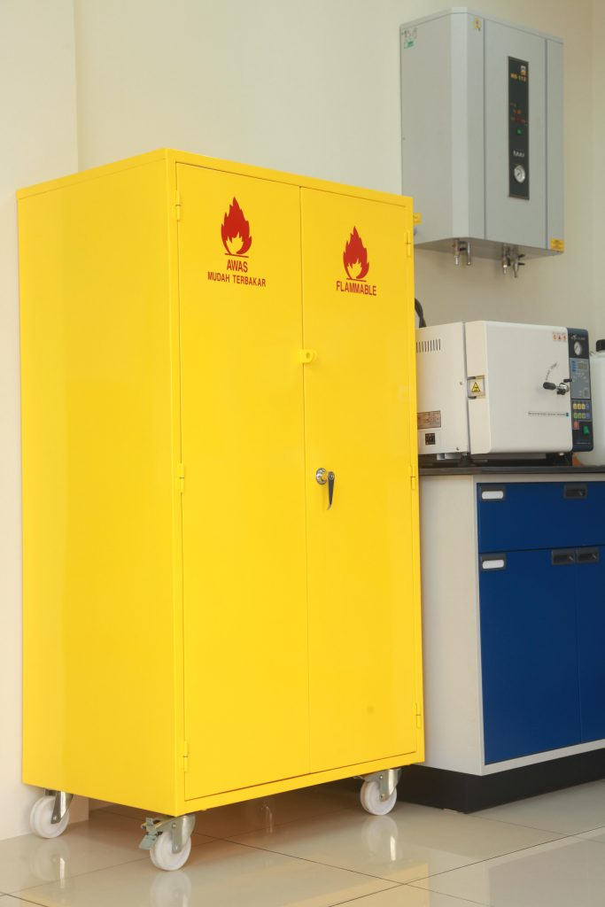 Chemical Safety Storage Cabinet Labmart Malaysia Ab Lab