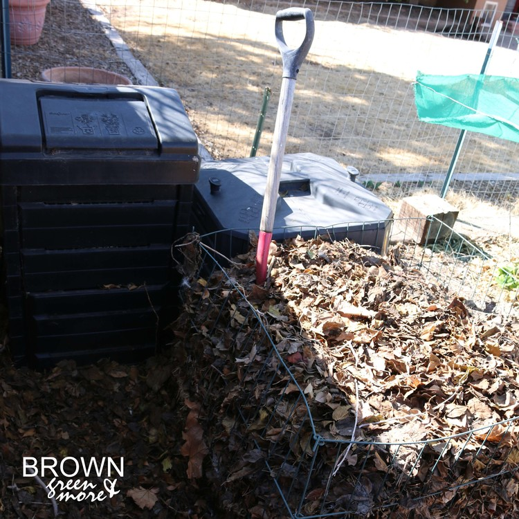 Browngreenmorecompostbins1