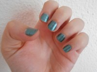 kiko magnetic green nail varnish review journeytothecentreofnewexperiences