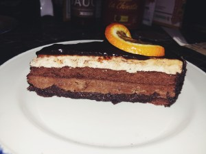 chocolate praline cheesecake, cheesecake, dessert, revolucion de cuba, mylavendertintedworld