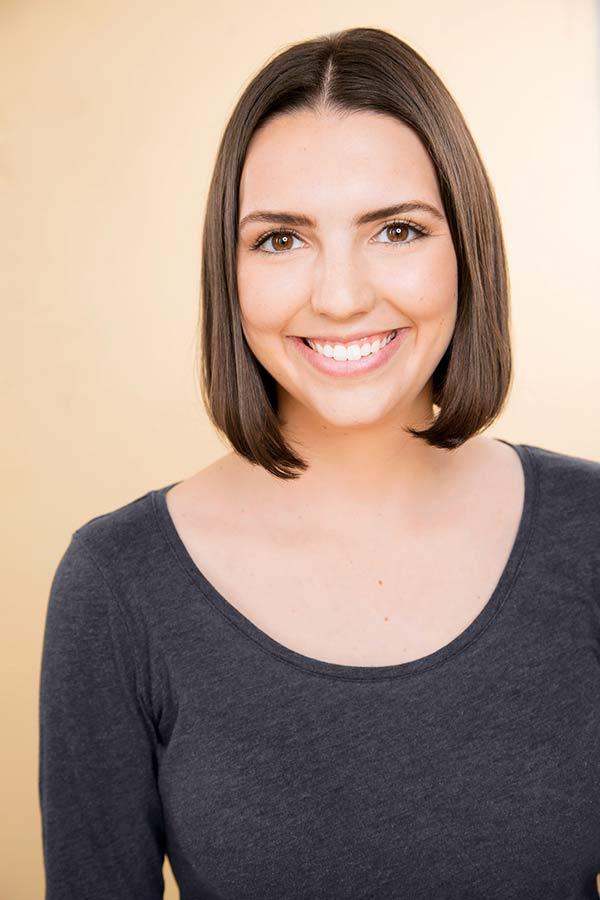 Andrea Simons