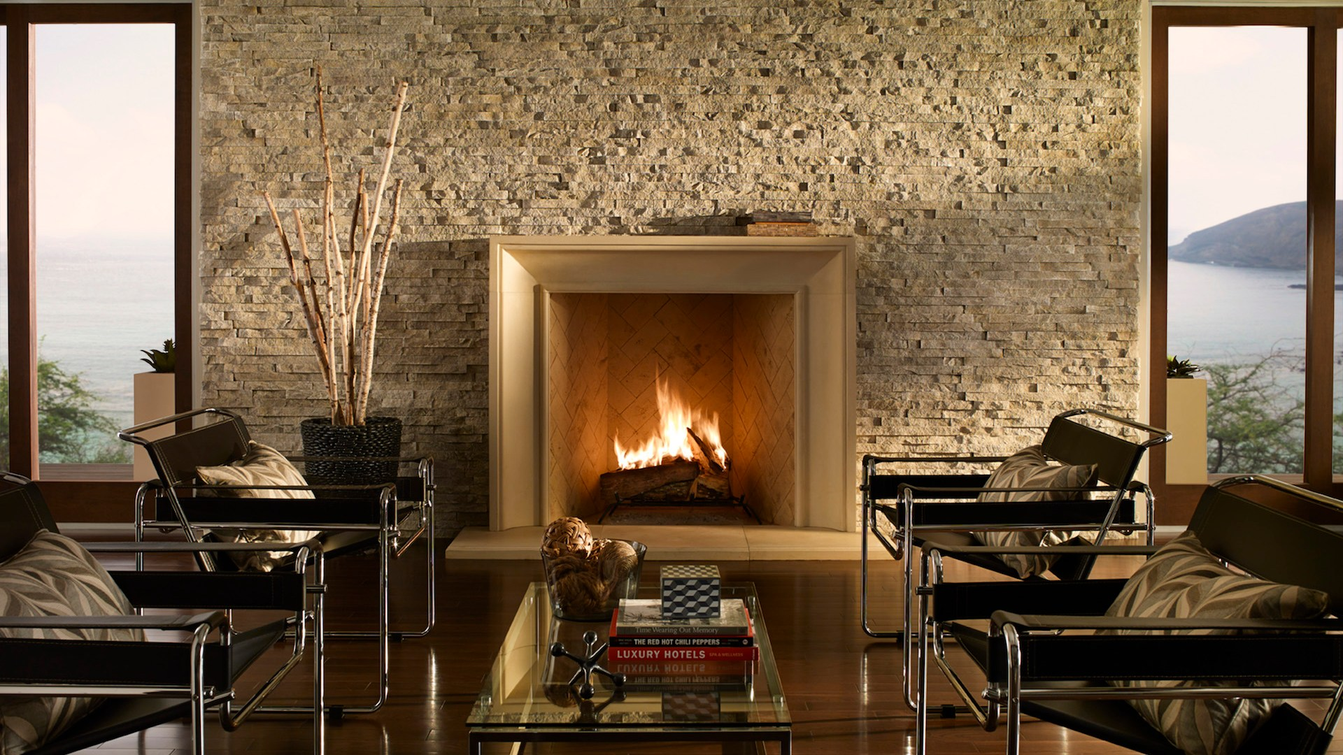 Eldorado Stone-Euroledge Cottonwood with Soho Boutique Summer Wheat Honed-Fireplace
