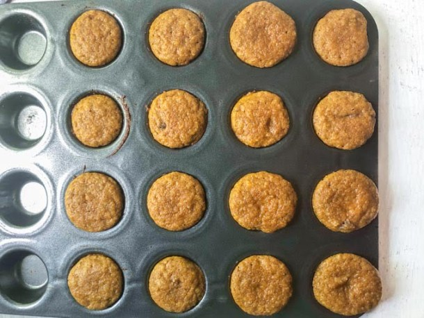 non stick muffin tin with keto pumpkin muffins