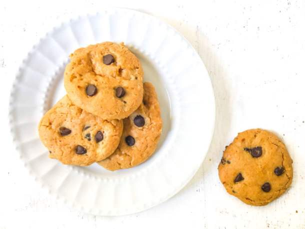 white plate with low carb peanut butter cookies with chocolate chips