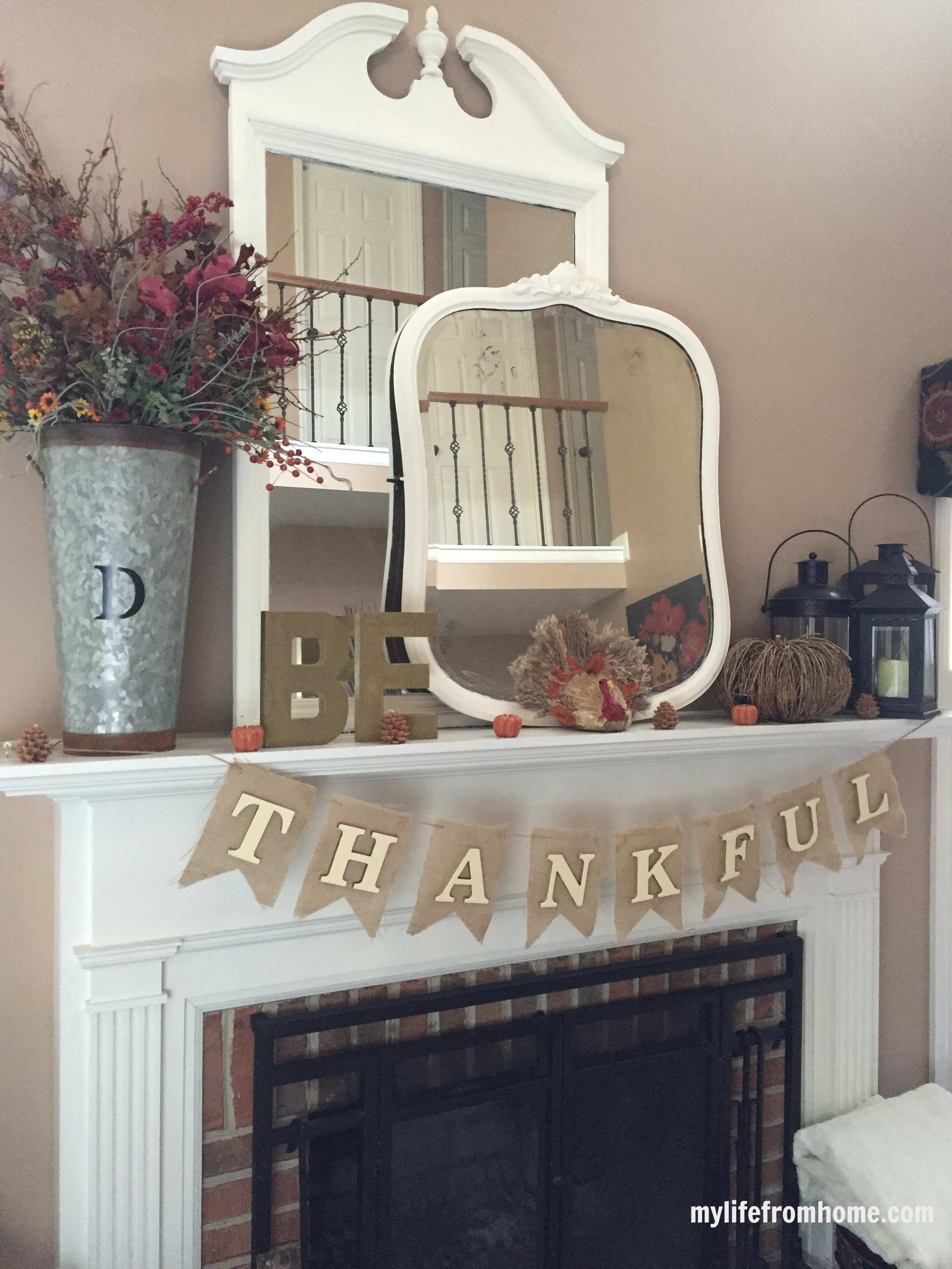 Thanksgiving mantel- decorating your mantel for Thanksgiving- Thanksgiving decor- mantels- holiday decorating