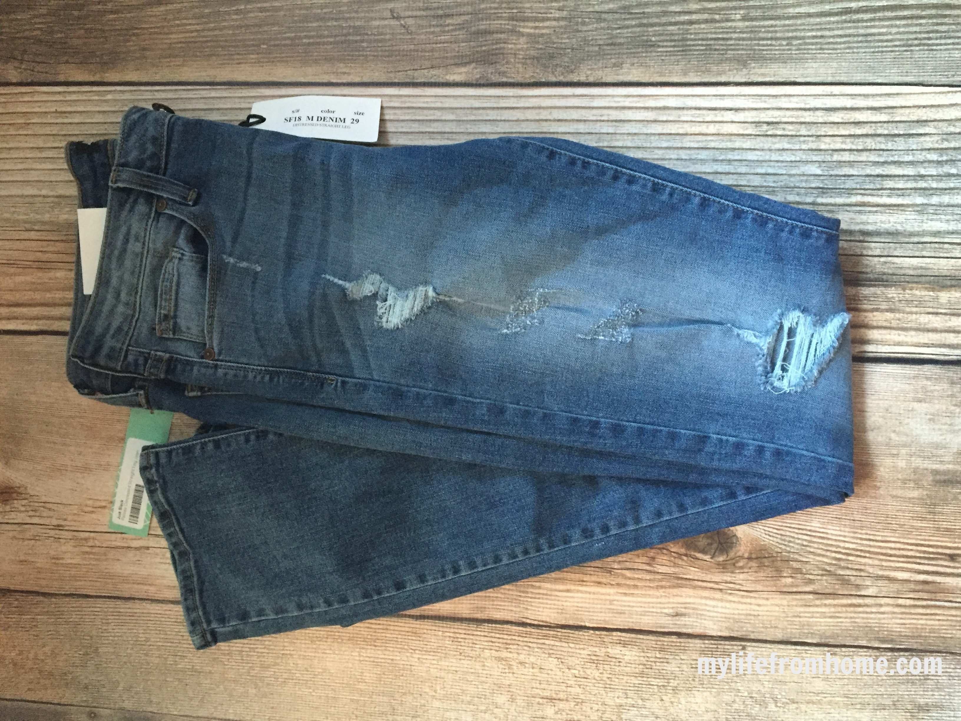 Distressed Denim by www.whitecottagehomeandliving.com