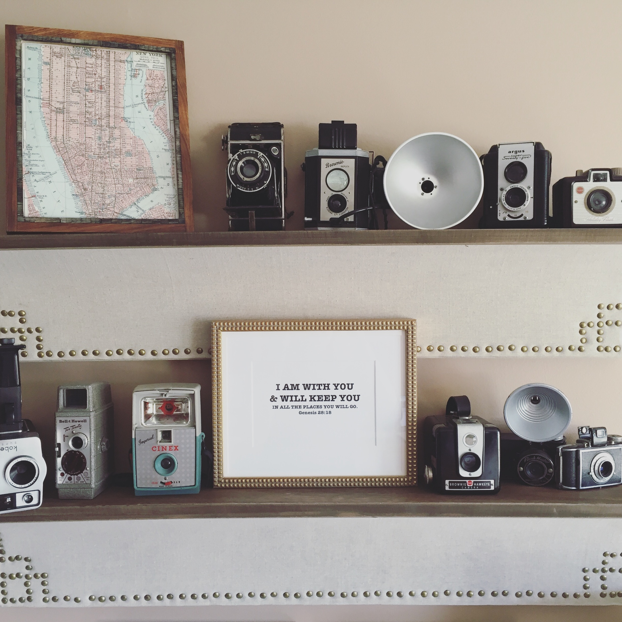 Vintage Camera Collection & Gallery Wall by www.mylifefromhome.com
