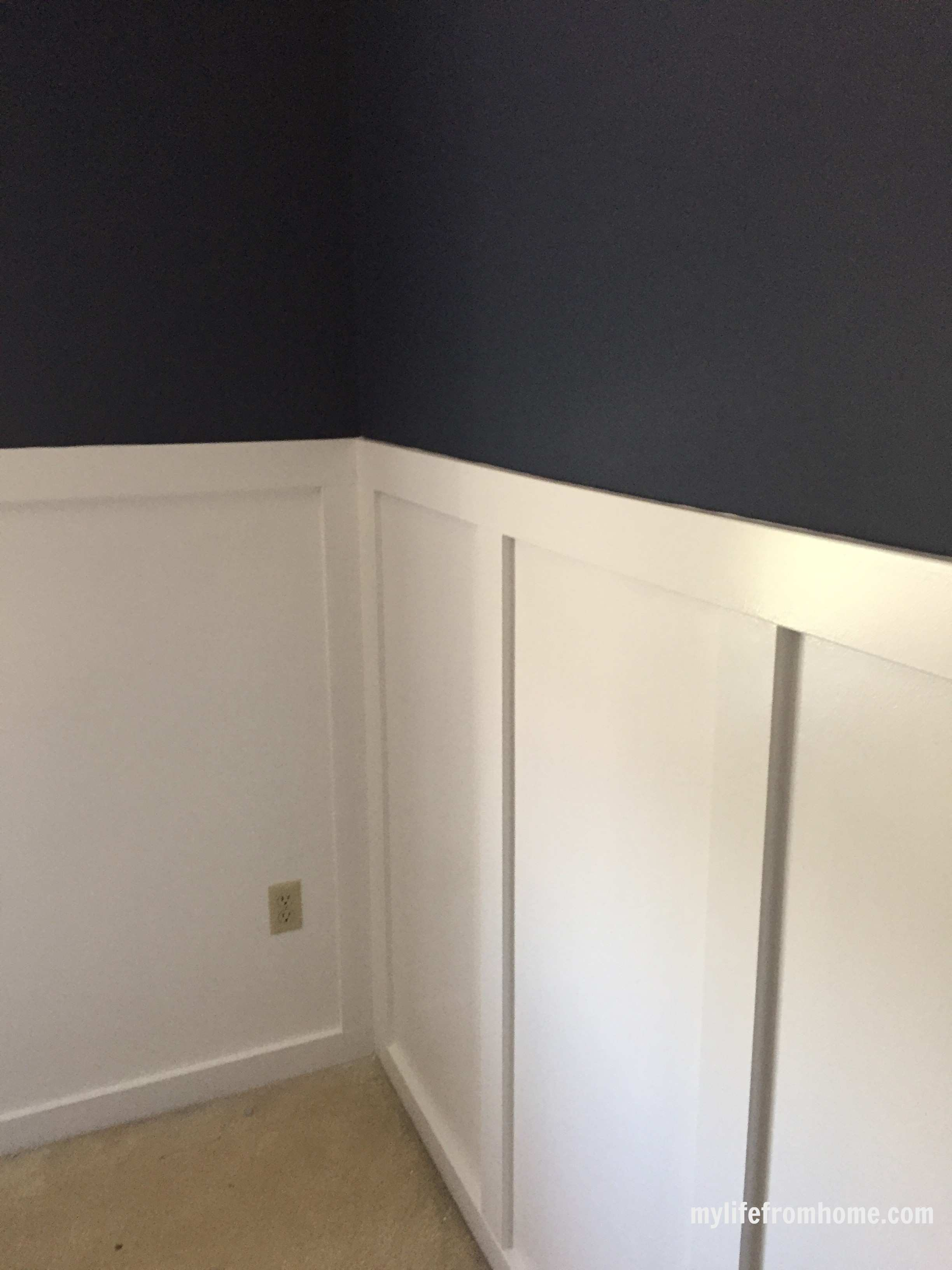 Sherwin Williams Naval by www.whitecottagehomeandliving.com