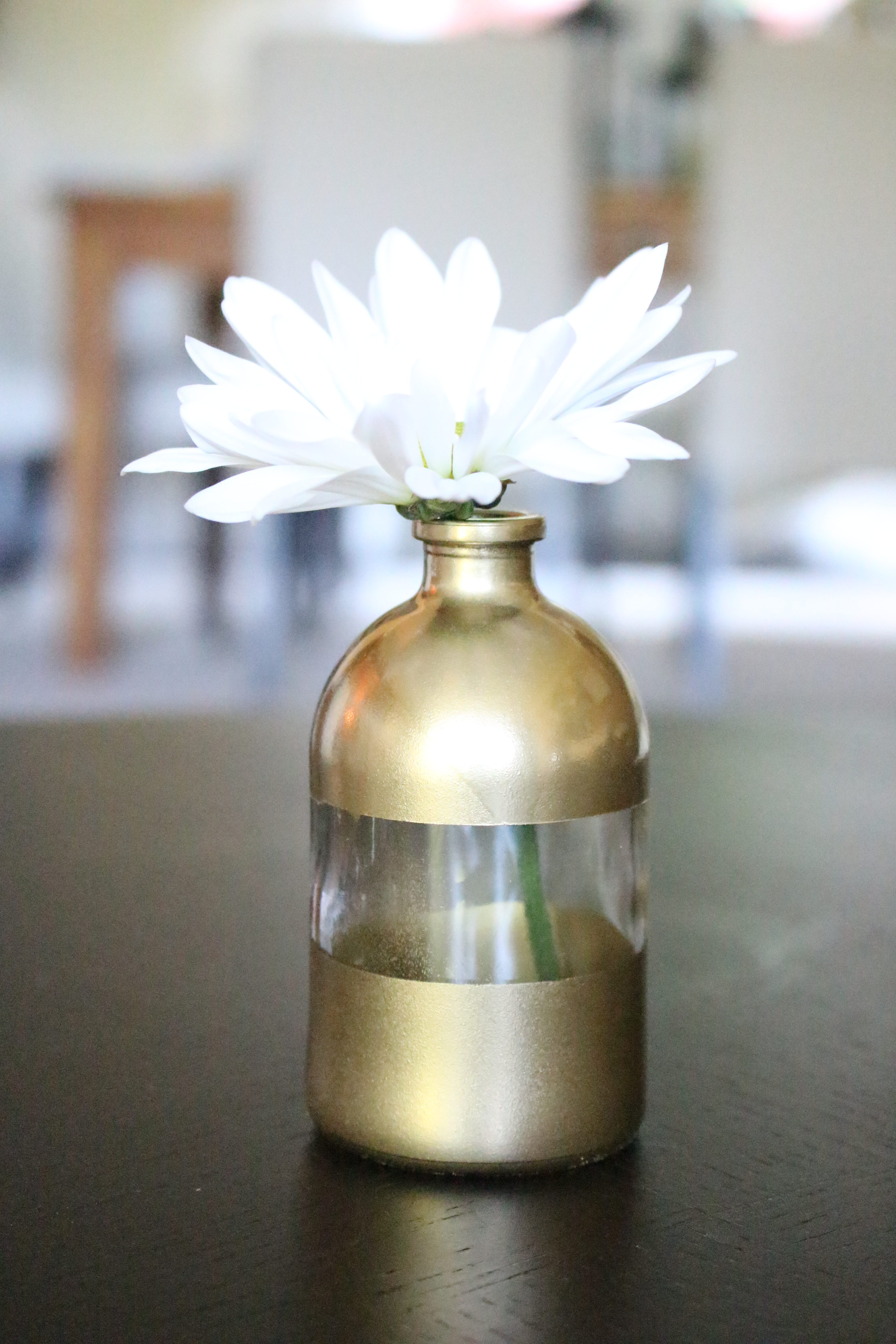 DIY Gold Dipped Vase by www.whitecottagehomeandliving.com