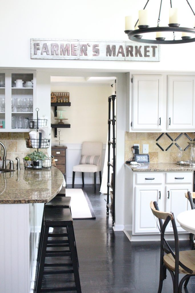 White kitchen- painted kitchen cabinets- farmhouse style- decor- diy- room decor- design- rustic home design- kitchen nook