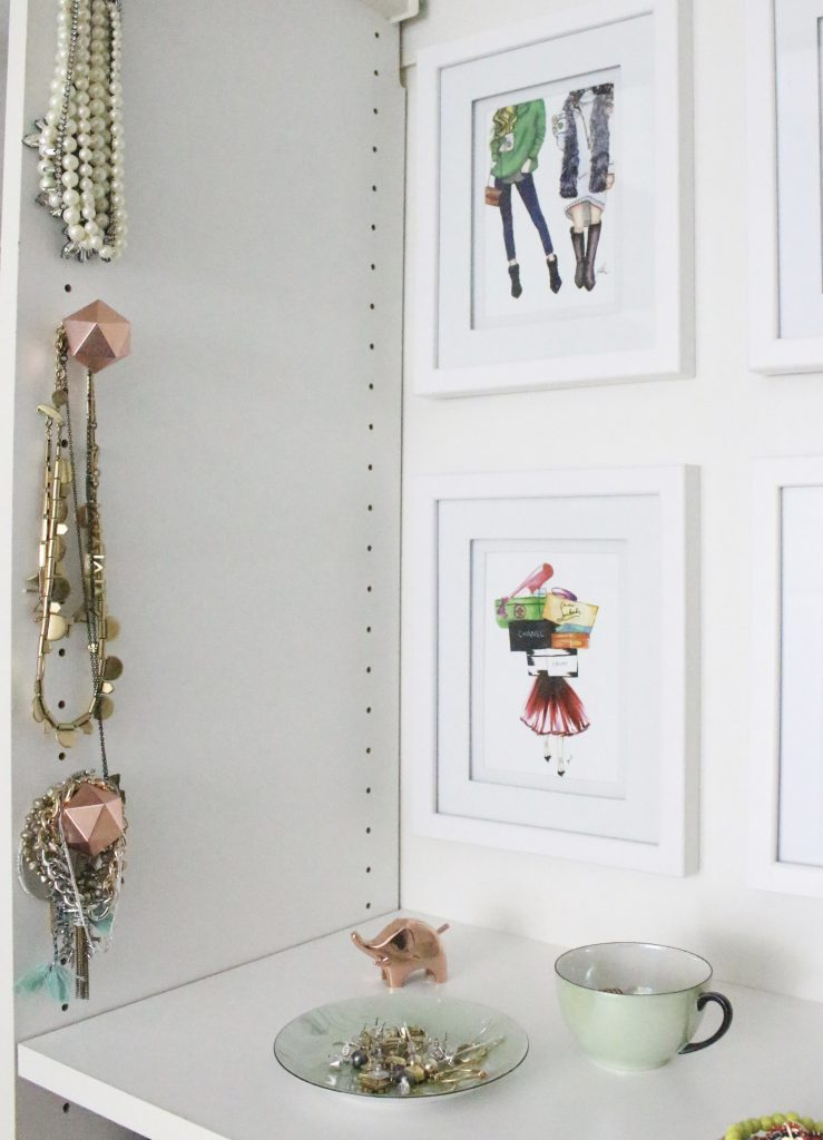 A full boutique closet reveal- master closet- closets- organizing closets- do it yourself- DIY- DIY projects- decoration ideas- room decor ideas- room design- home decor- closet decor- boutique- closet organization- shelf organization- walk in closet- copper accents
