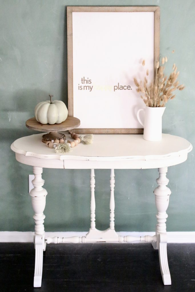 Using a Wagner Studio Home Decor Sprayer- paint sprayer- painted furniture- how to paint- paint- DIY- DIY projects- Do it Yourself- home decor projects- room design- crafts- sprayer- white painted furniture