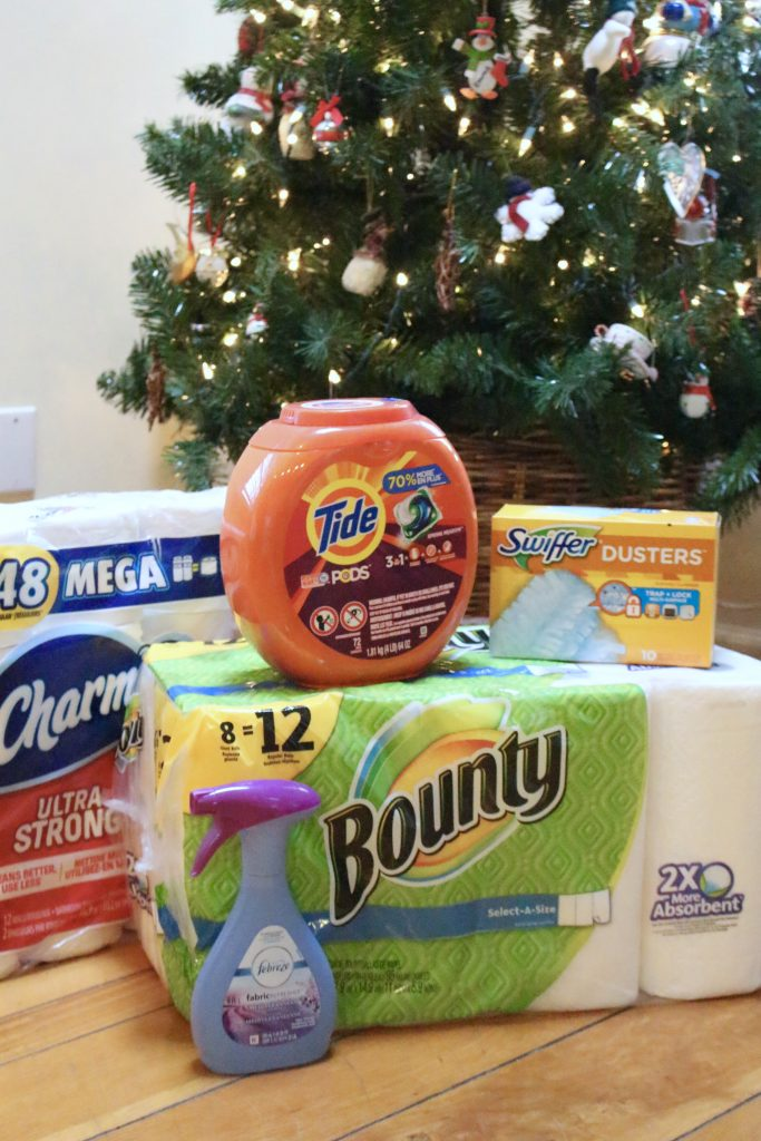 P&G Products ordered through Shipt and delivered straight to your home- Christmas Craft Station - kids crafts- creating a craft station- Christmas crafts- holiday ideas for kids- Shipt- Meijer- online grocery shopping- crafts- DIY- artwork