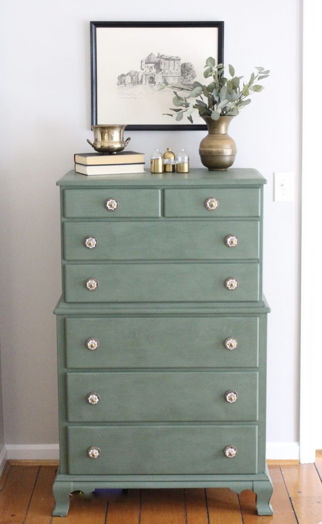 A wood dresser painted green- Amy Howard paints- One step paint- green- Cherbourg- how to use chalk paint- chalk painted finish- green furniture- how to paint furniture- home design- DIY- Do it Yourself project- painted furniture- new knobs