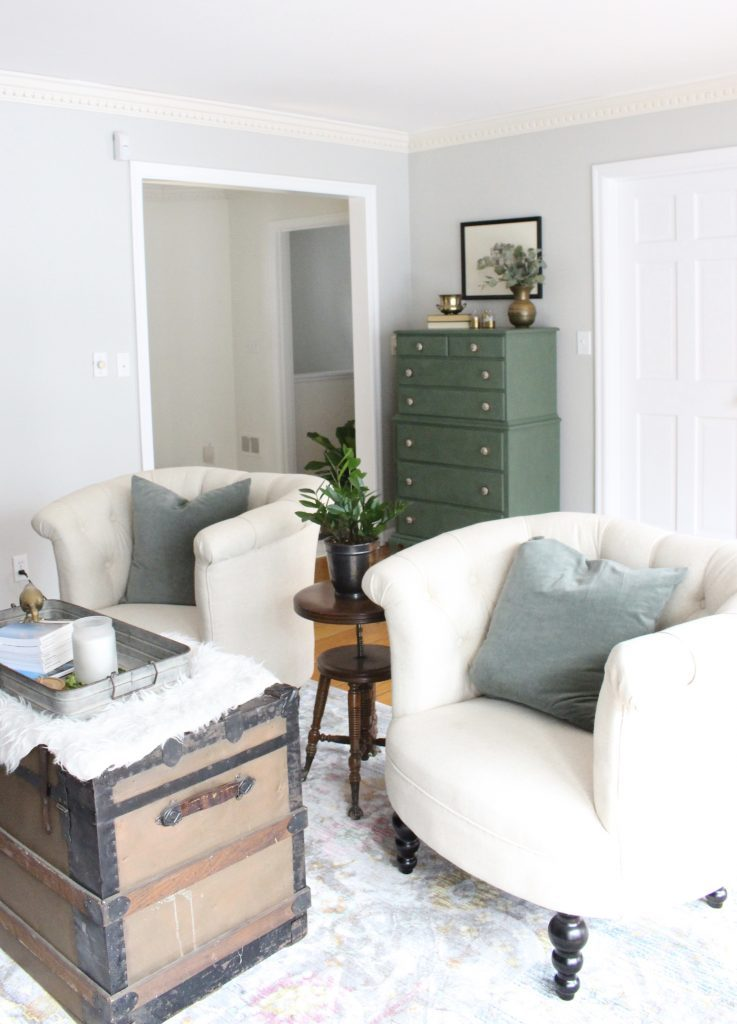 A wood dresser painted green- Amy Howard paints- One step paint- green- Cherbourg- how to use chalk paint- chalk painted finish- green furniture- how to paint furniture- home design- DIY- Do it Yourself project- painted furniture