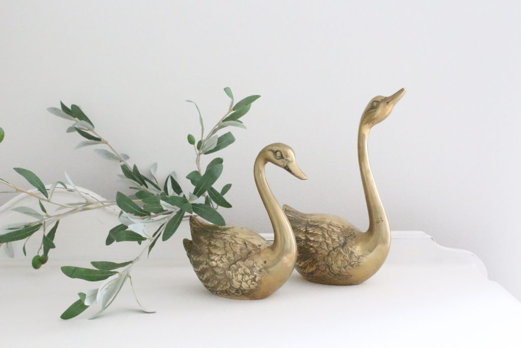 Brass- swans- animals- vintage- home decor- decorations- vignette- mid century