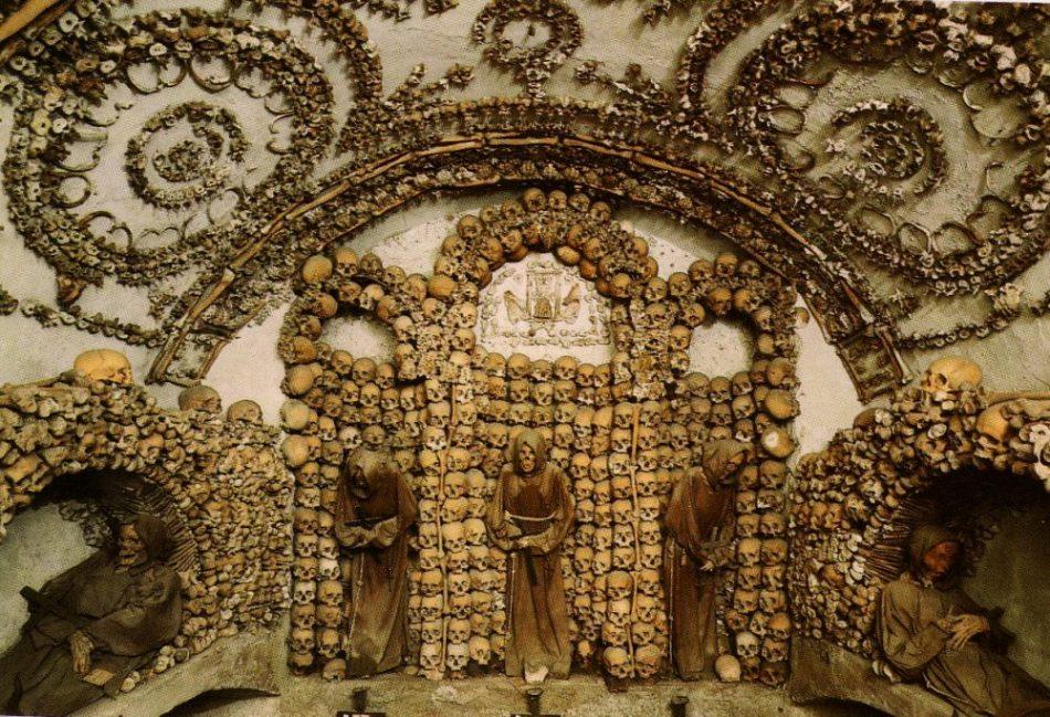 Una Roma alternativa: la macabra Cripta dei Cappuccini