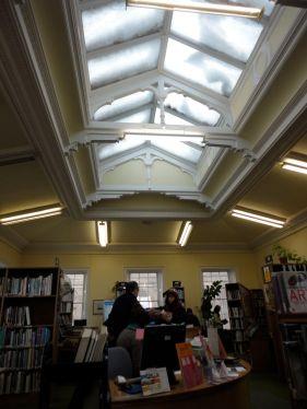 Fine art library