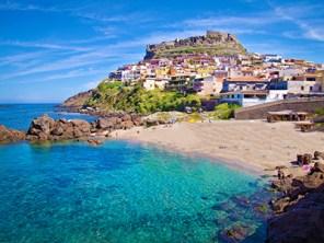 ok-small-castelsardo-sardinia-holidays-where-to-go-hotels-resorts-in-sardinia