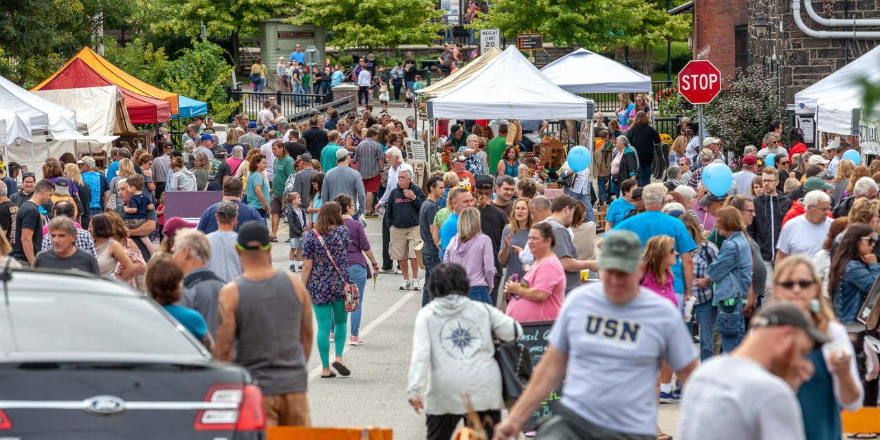 Crowd size doesn't stink at the 2018 Garlic Festival