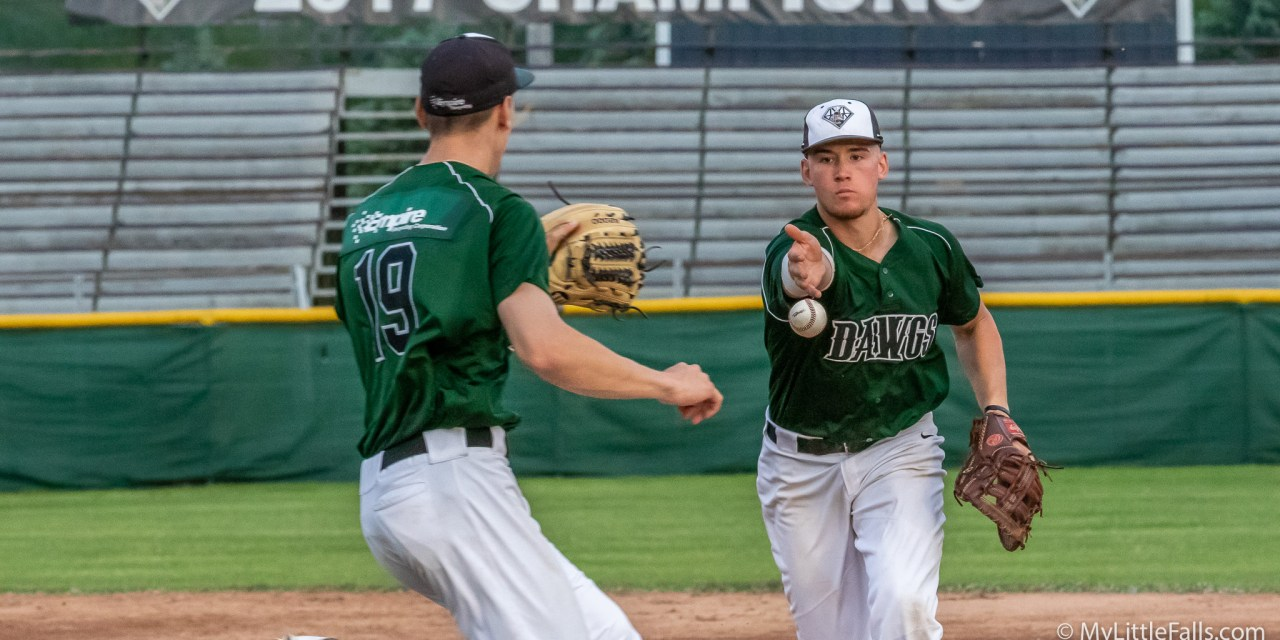 Cimillo's Fourth Shot of the Year Gives Diamond Dawgs Extra-Inning, Walk-Off Win
