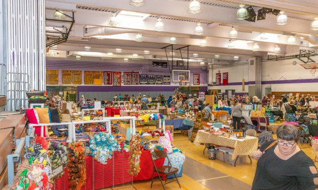 Class of '22 holds successful fall craft fair