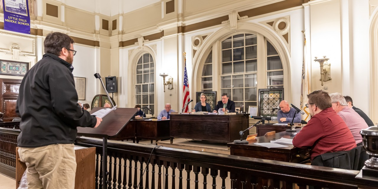 Common Council has brief monthly session