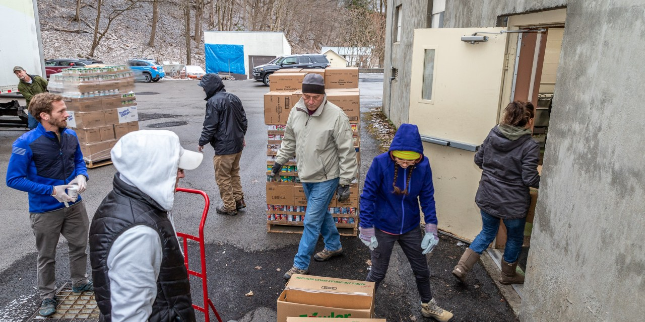 LF Volunteer Corps tackles its first project