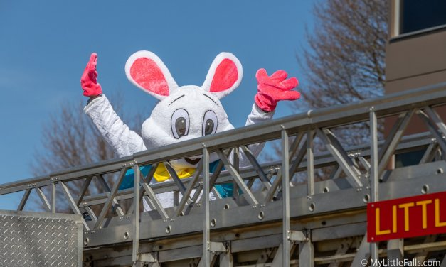 Easter Bunny takes a spin around the City