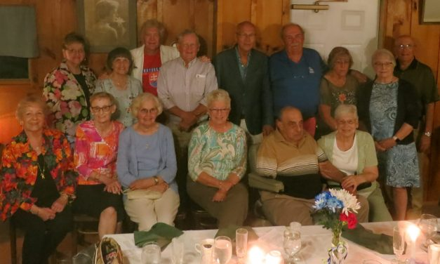 LFHS-SMA Class of 60 meets for dinner