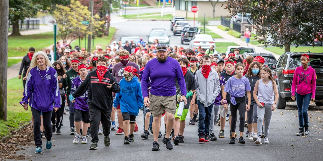 Middle School honors fallen hero on 'Walk to School' day