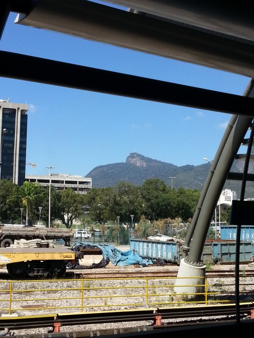 From the platform on Cidade Nova subway station we can see Cristo Redentor