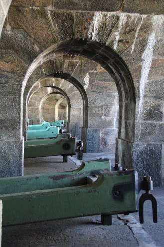 Battery of cannons