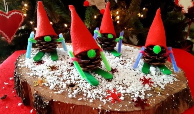 χριστουγεννιάτικα ξωτικά από κουκουνάρια