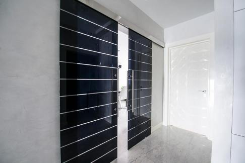 Casali sliding crystal door black 02 LOFT mylofteu