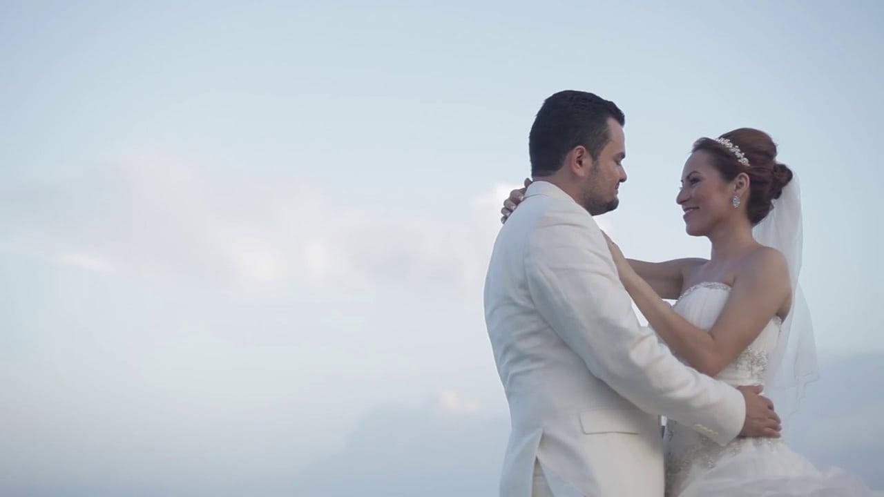 Ale + Rene Married at Grand Sirenis Riviera Maya Resort - Wedding
