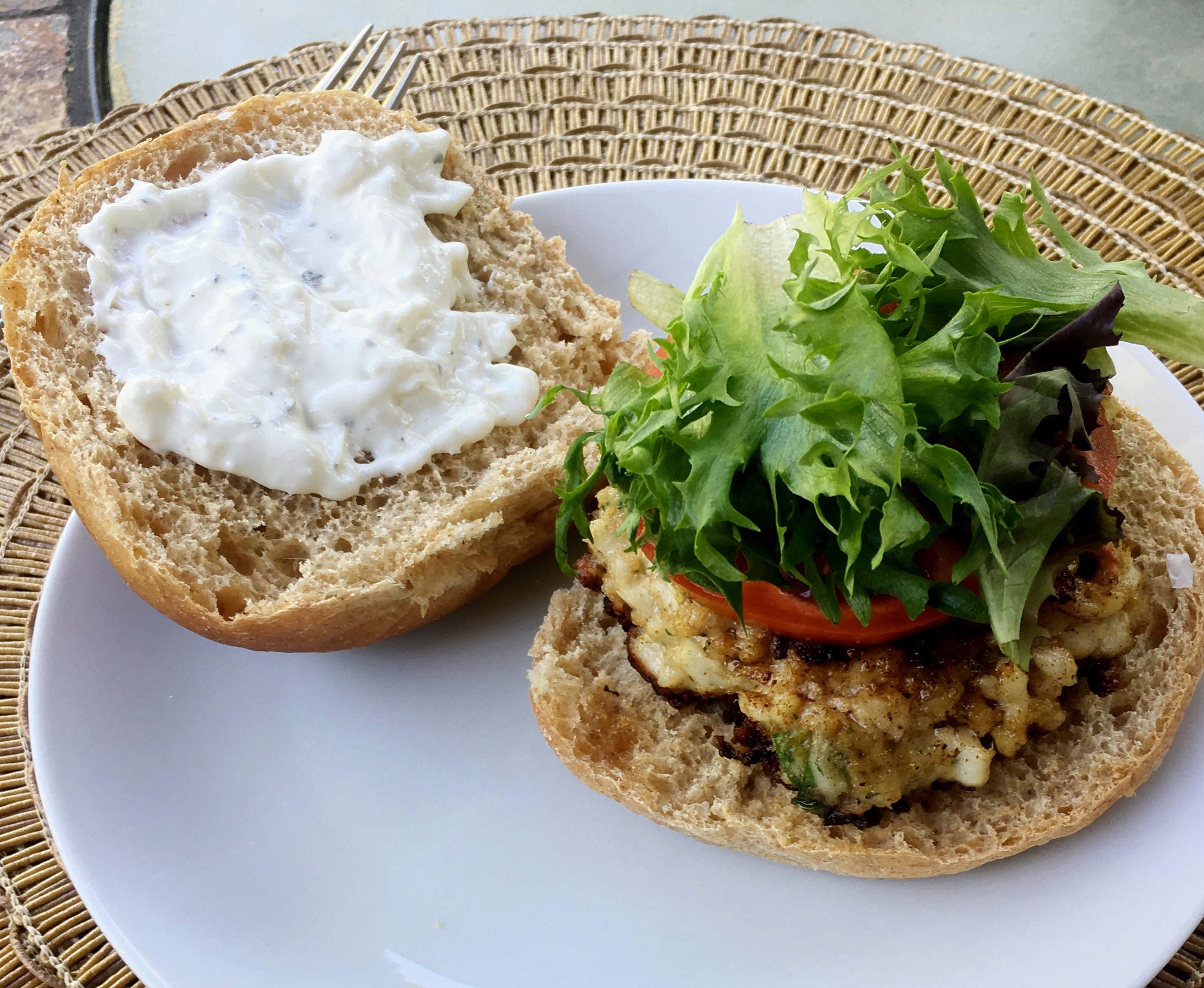3 Ways to Serve These  Delicious Pepper- Jack Fish Cakes with Haddock via @susanmylovingoven.com
