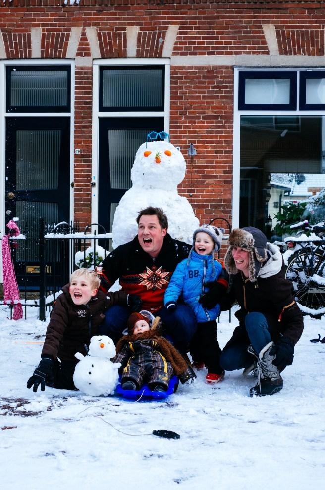 Sneeuwballen gevecht