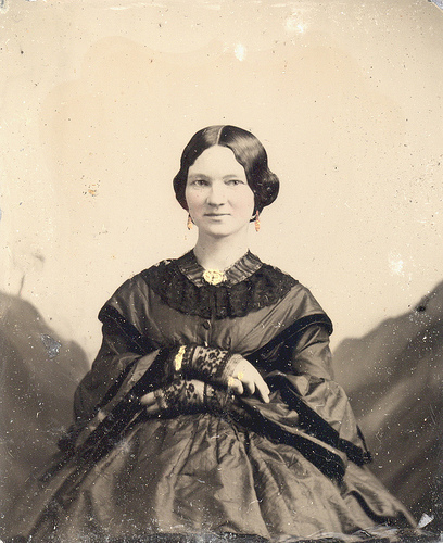 "ee18bfc4c8474 A Collection of Photos Featuring Victorian Woman in the ""Family Way ..."