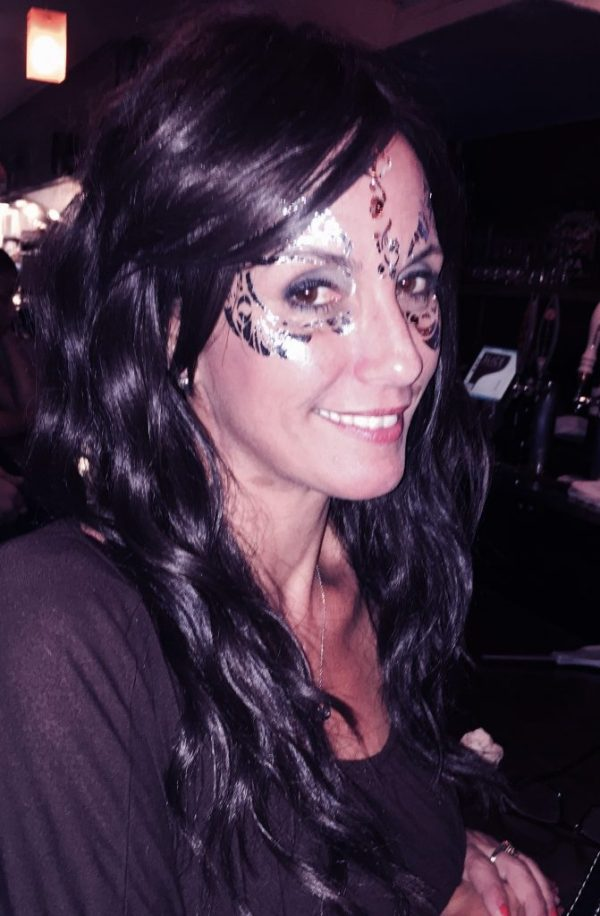 Silver Masquerade Mask on Lisa