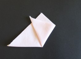 mml linen flower fold 2