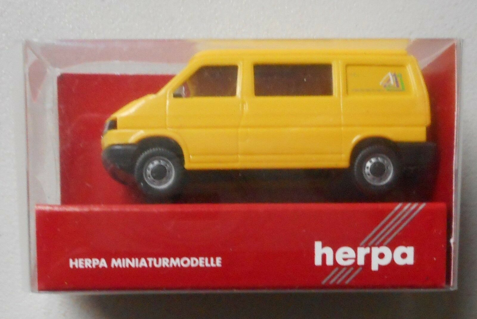 YELLOW VW VOLKSWAGEN MOTOR HOME HERPA 1/87 Plastic Miniature VEHICLE HO  Scale