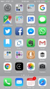 iPhone screenshot-Facebook App