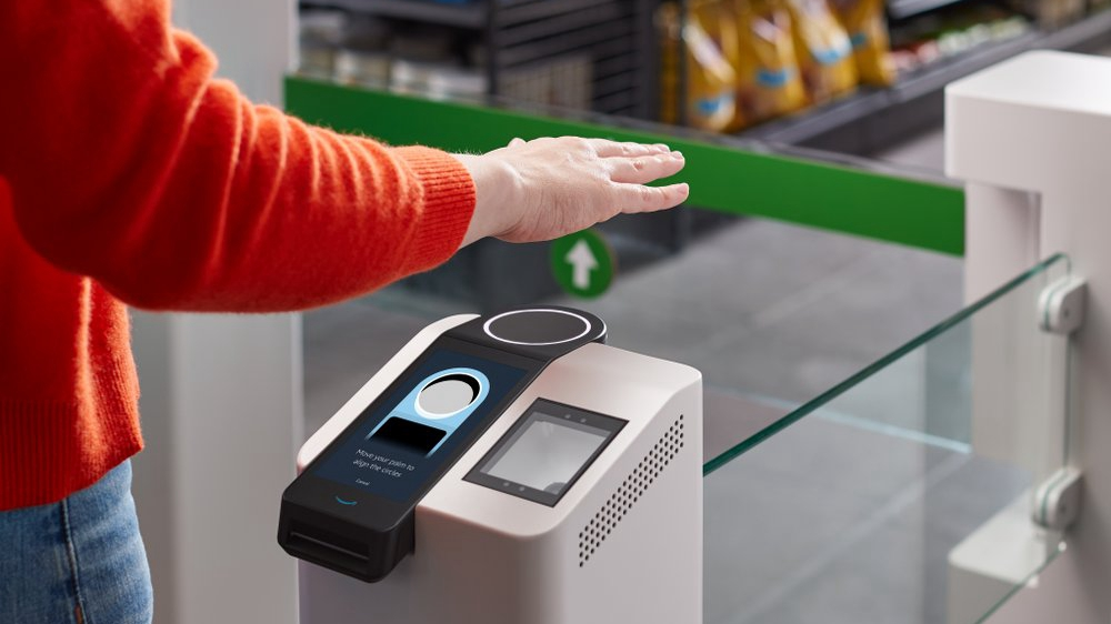 Amazon unveils payment by hand-waving
