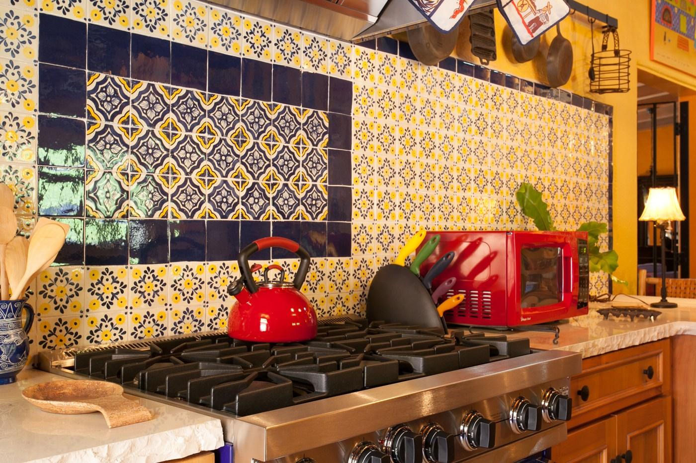 mexican kitchen backsplash tiles
