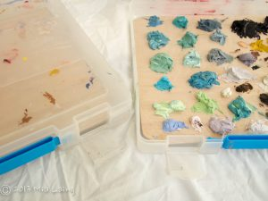 Freezer container for mixed oil paints