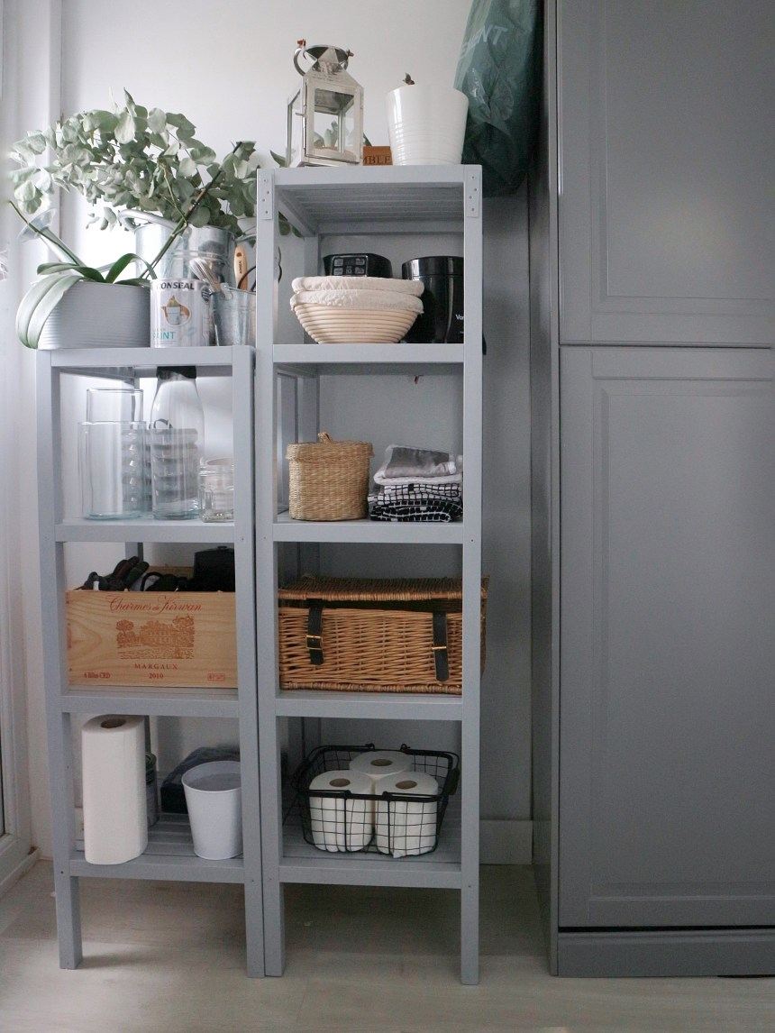 Kitchen openshelving
