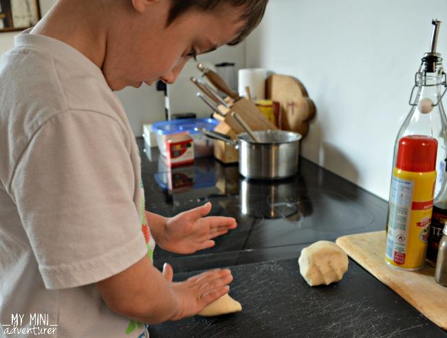 pizza play dough kneading