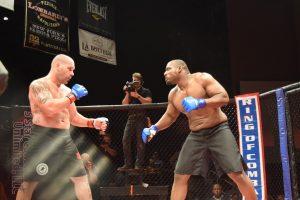 """Shelton """"the Gravedigger"""" Graves vs. Brendan Barrett - Ring of Combat 56"""